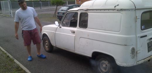 Petits travaux à l'IFEC puis rapatriement sur Montauban et mise sur cales de la voiture.